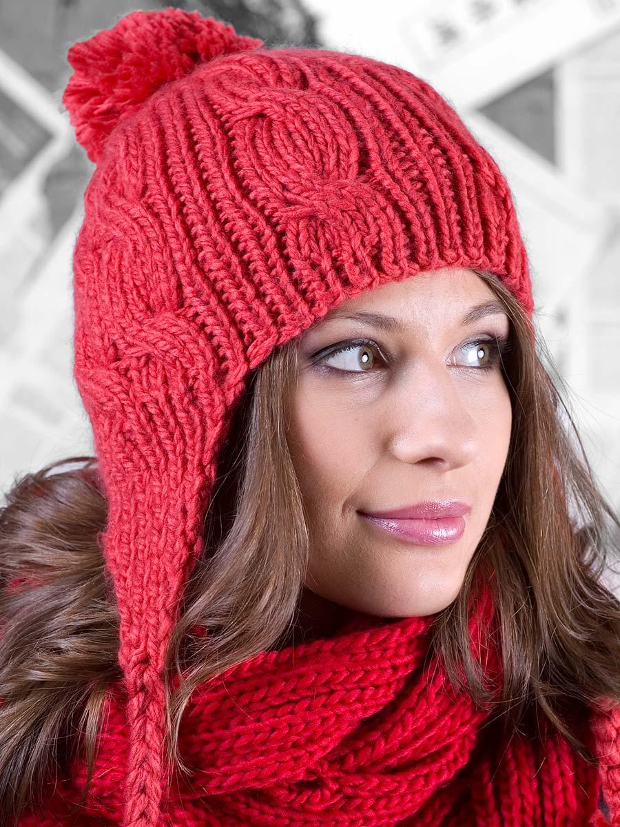 Сегодня актуальная к зиме подборка вязаных женских шапок с ушками или завязками.