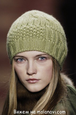 Вязаная шапочка с описанием и схемой