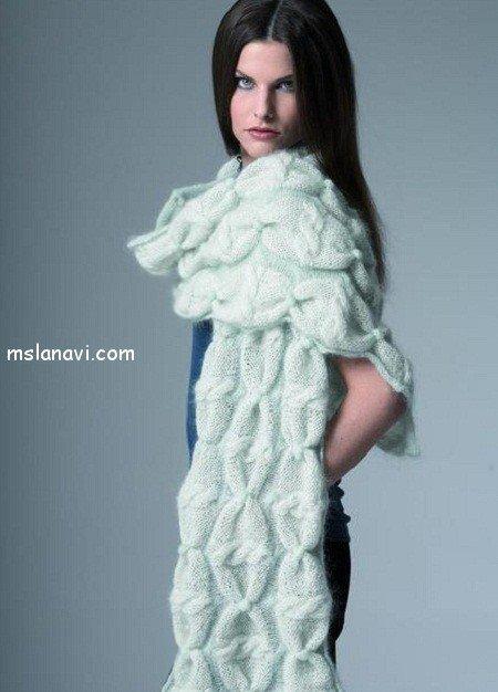 вязаный шарф стола
