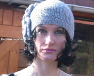 шапка спицами женская