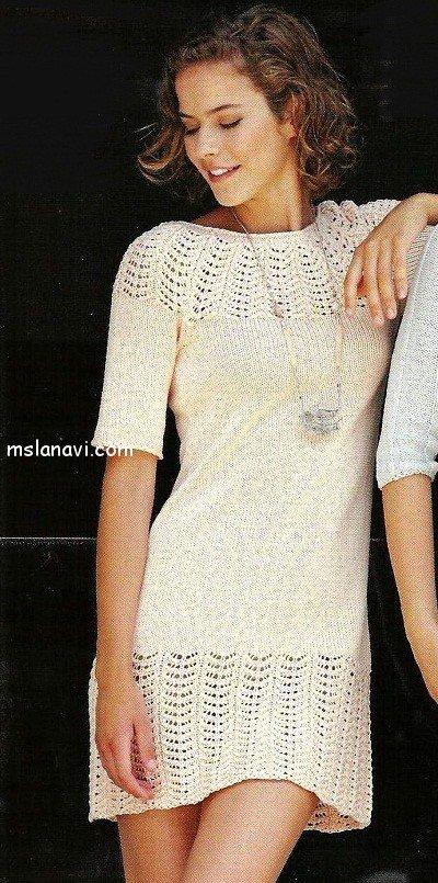 Вязаное платье с ажурными