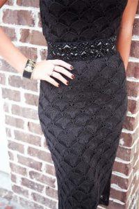 Стильное вязаное платье спицами от фешн-блогера
