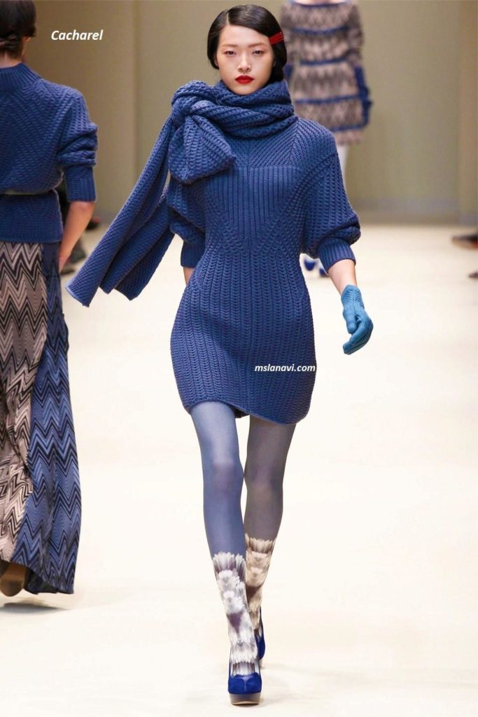 Вязаные платье и пуловеры от Cacharel