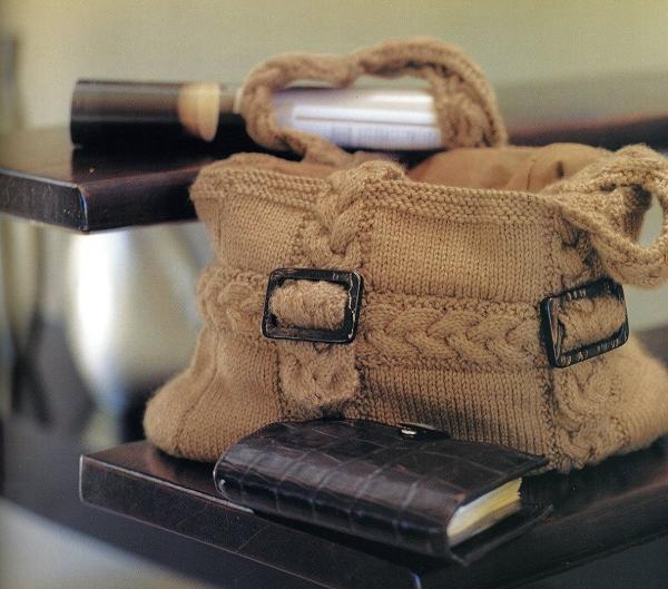 вязаная сумочка спицами