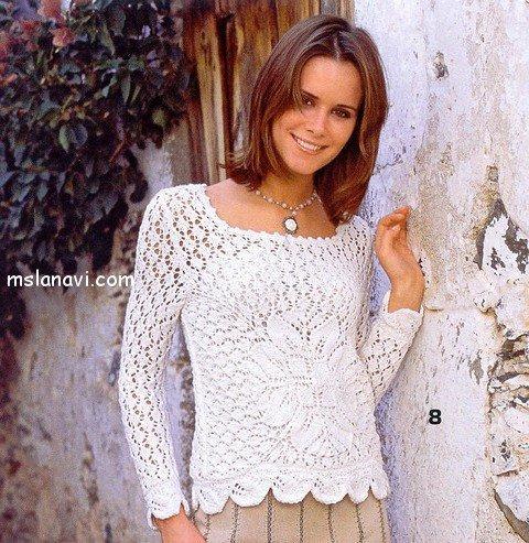 Ажурный пуловер с цветком