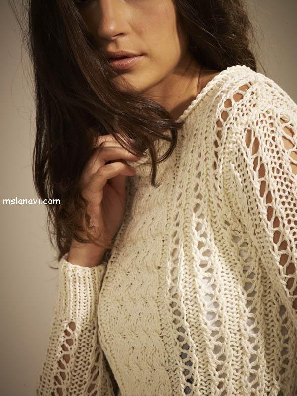 короткий вязаный пуловер спицами