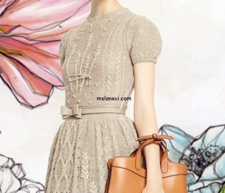 Модное платье с колосками от Valentino