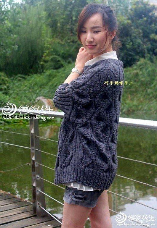 оригинальный пуловер спицами