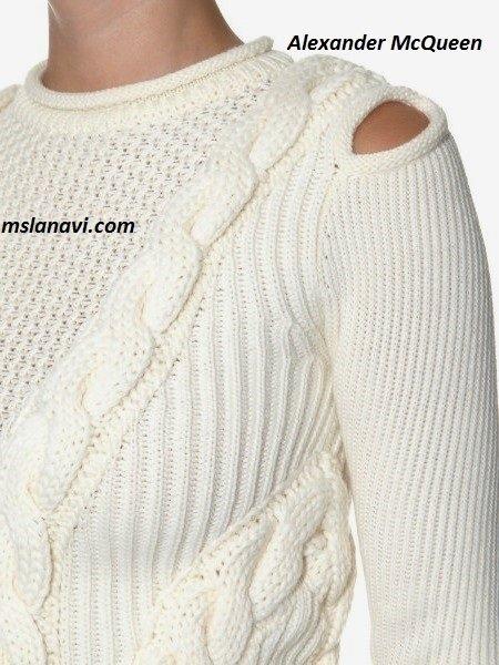 Вязаный модный пуловер спицами от Alexander McQueen