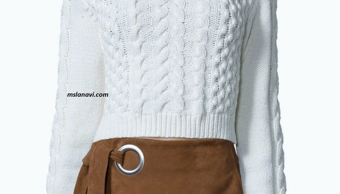 Короткий вязаный свитер спицами