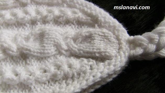 Вязаная шапка спицами с ушками